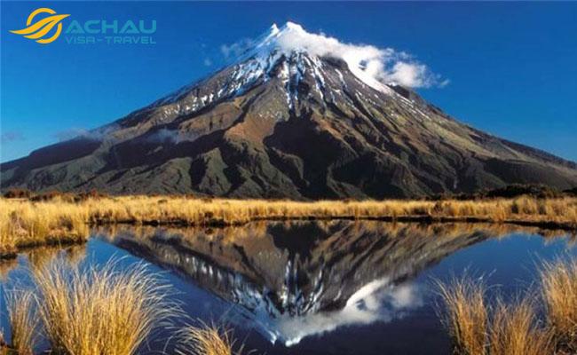 Khám phá ngọn núi Taranaki được trao quyền công dân ở New Zealand 1