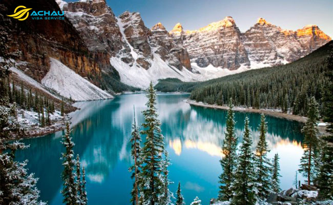 Hồ Louise - thiên đường màu xanh của Canada 1