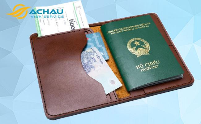Vì sao hộ chiếu còn hạn dưới 6 tháng không thể xin visa? 2