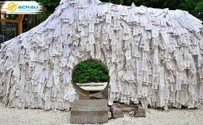 """Kỳ lạ ngôi đền xin """"cắt duyên"""" ở Kyoto - Nhật Bản 2"""