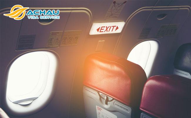 Lời khuyên của một phi công lão luyện giúp bạn an toàn hơn khi đi máy bay 6