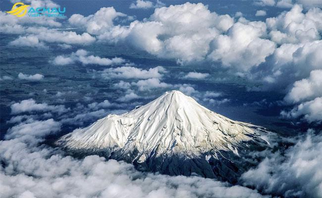 Khám phá ngọn núi Taranaki được trao quyền công dân ở New Zealand