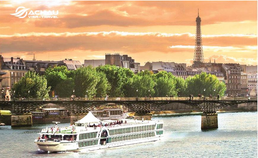 Cần chuẩn bị bao nhiêu tiền du lịch Paris - Pháp 5N4Đ? 1