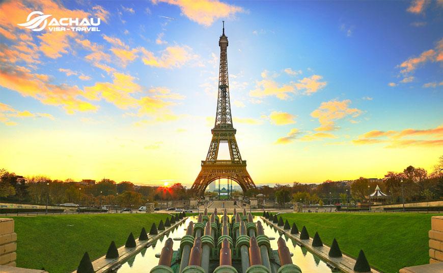 Cần chuẩn bị bao nhiêu tiền du lịch Paris - Pháp 5N4Đ?