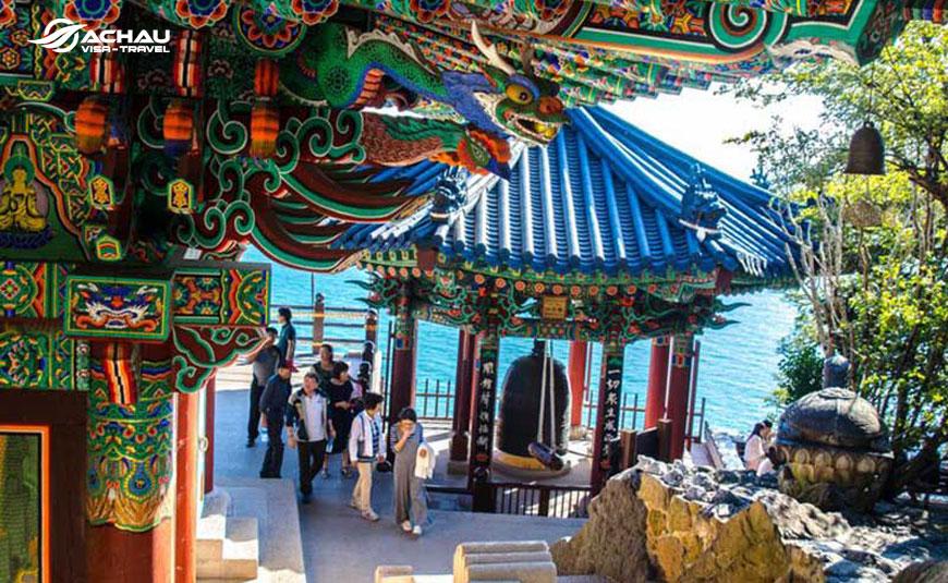 Hành hương đầu năm ở những ngôi chùa nổi tiếng ở Hàn Quốc 6