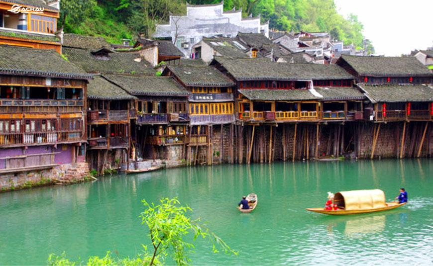 Có nên đi du lịch Trung Quốc một mình không? 2
