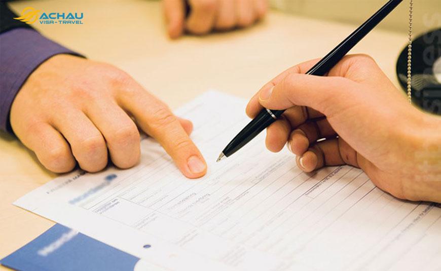 Có nên ký quỹ với công ty dịch vụ xin visa trước khi đi du lịch không?