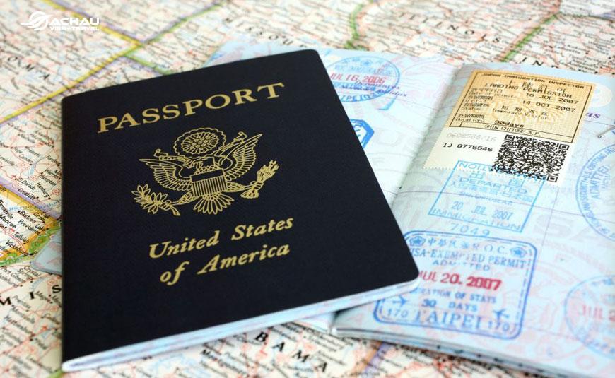Những thuận lợi và khó khăn khi gia hạn visa Mỹ qua đường bưu điện