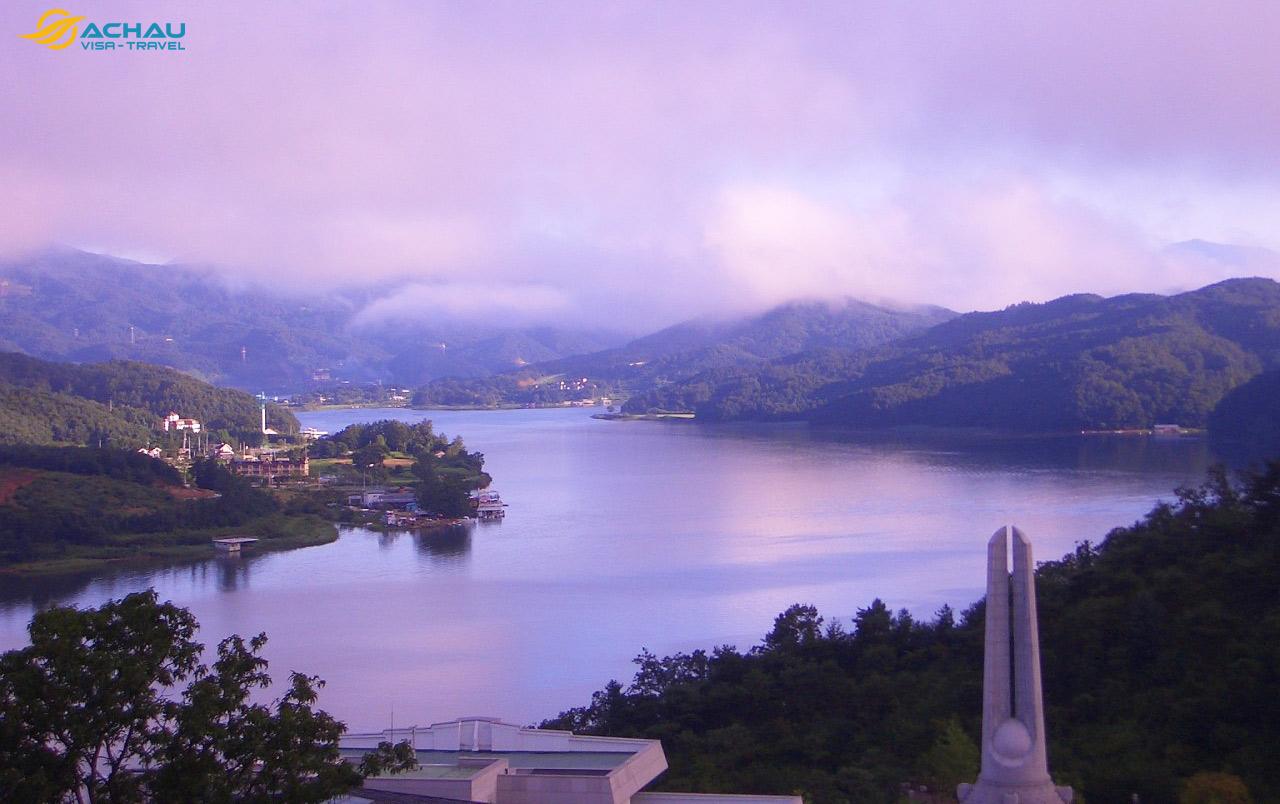 Khám phá những hồ nước nổi tiếng nhất ở Nhật Bản, Hàn Quốc, Đài Loan