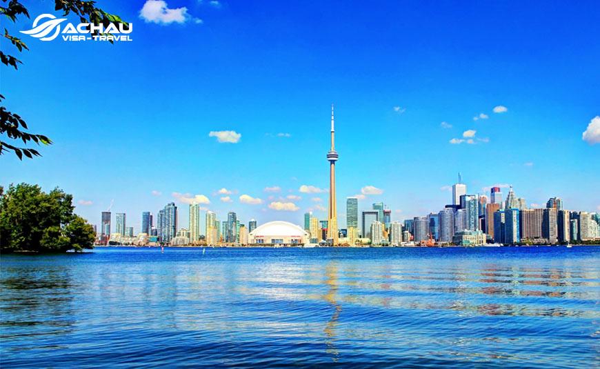 xin visa Canada diện du lịch tự túc